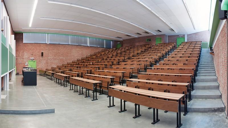 Het verschil tussen middelbaar en hoger onderwijs